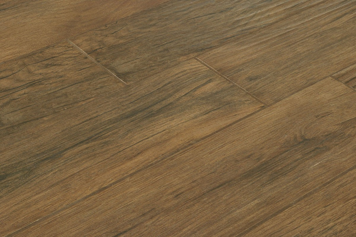 Wood effect floor tiles xilema weng 20x80 for Carrelage parquet