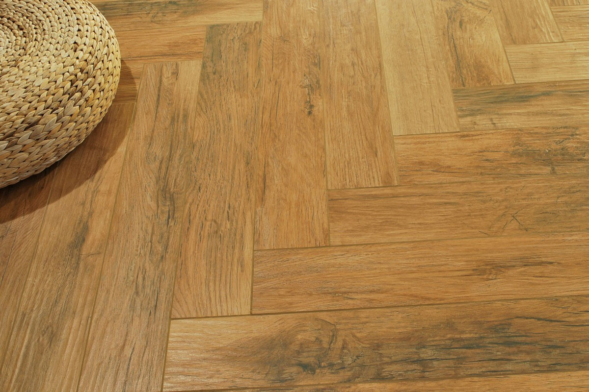 Gres porcellanato effetto legno xilema ciliegio 20x80 - Schemi di posa piastrelle effetto legno ...