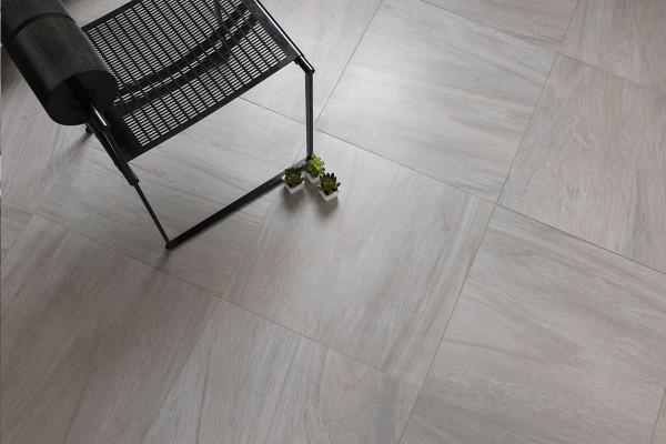 Gres porcellanato effetto marmo sensibile grigio 30x60 for Gres effetto marmo