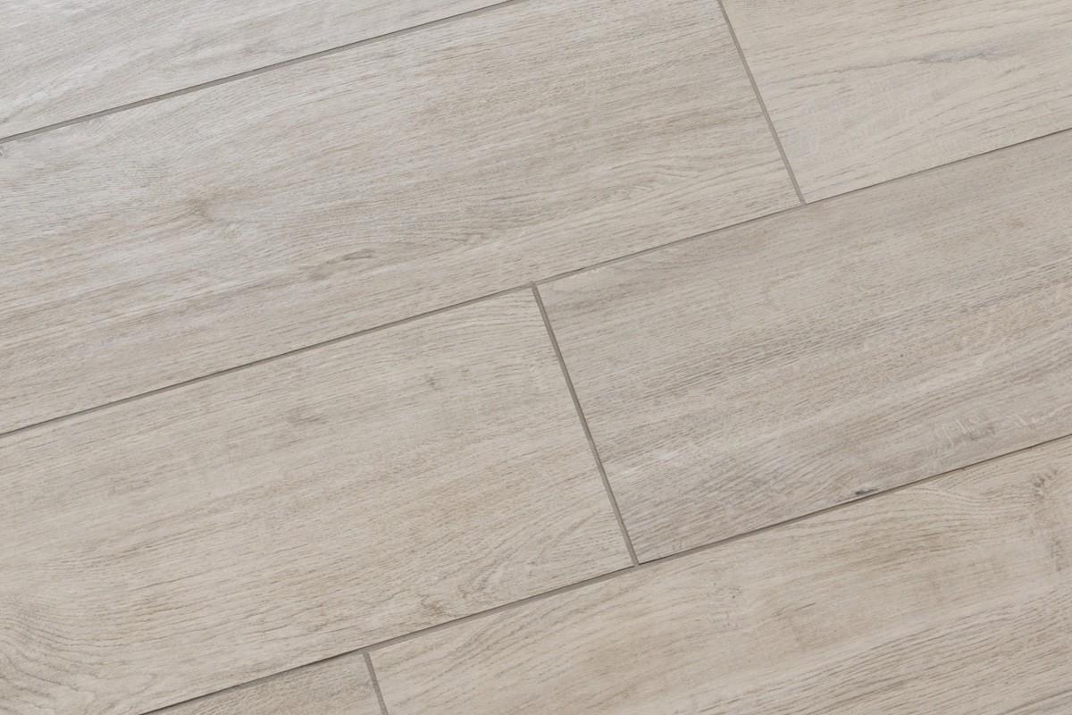 Gres effetto legno grigio mo 1003 20x120 for Piastrelle ceramica finto legno