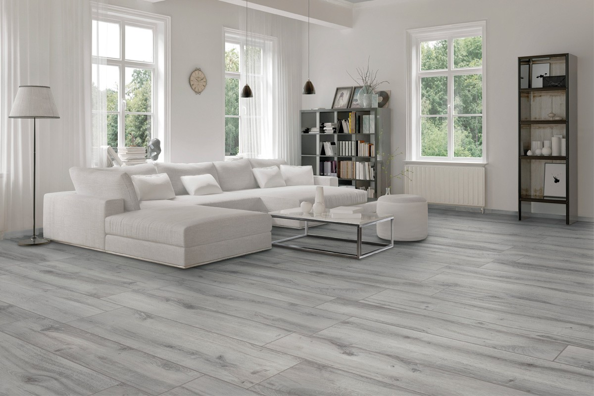 Wood effect floor tiles smokey grey br 8004 20x120 for Parquet imitation carrelage gris