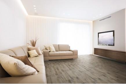 Wood effect floor tiles - Walnut