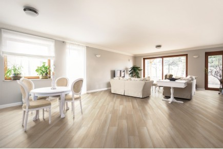 Wood effect floor tiles - Light nut