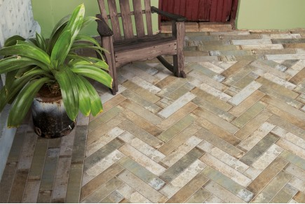 Rustical effect tiles - Mix Green