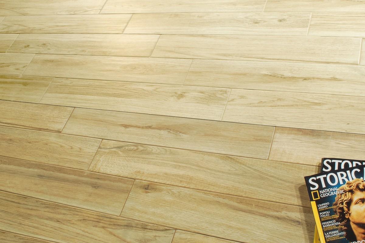 Gres porcellanato effetto legno woodland ciliegio 14x83 5 for Piastrelle woodland