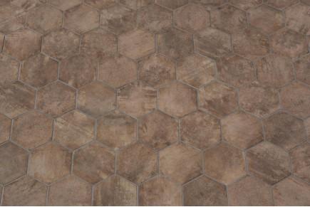 Isolamento termico pareti interne: piastrelle esagonali ceramica
