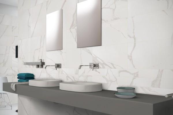 Gres porcellanato effetto marmo statuario bianco 60x60 - Bagno in marmo bianco ...