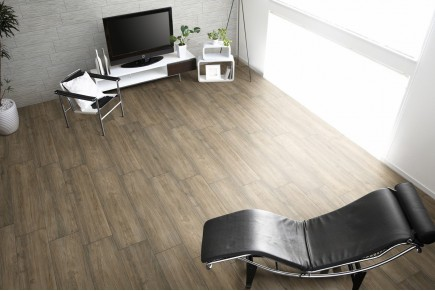 Wood effect floor tiles noce