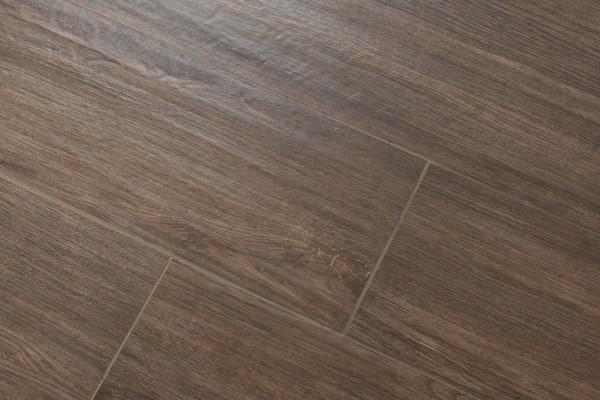 Wood effect floor tiles wengé