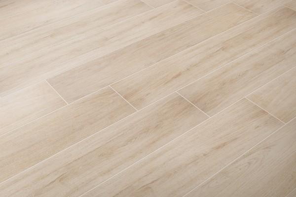 Wood effect floor tiles rovere