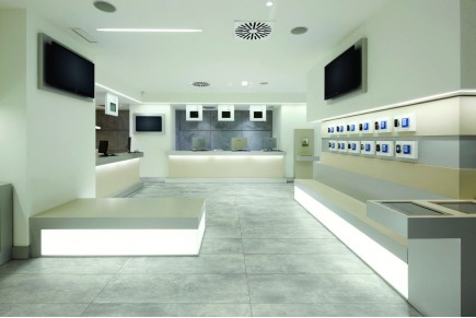 Concrete effect floor tiles spray