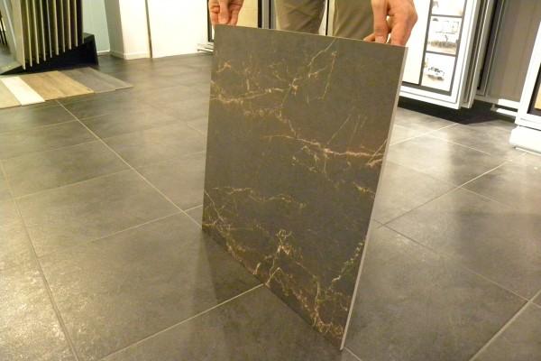 Grès cérame effet marbre melange marron