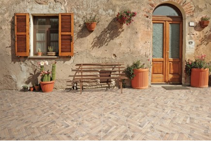 Rustical effect tiles - Cream