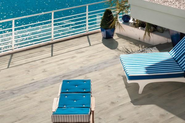 Wood effect floor tiles - Cappuccino