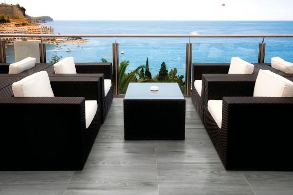 Gres effetto legno grigio sh 9004 15x60 for Gres porcellanato effetto legno grigio