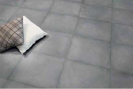 Grès cérame effet ciment gris sombre