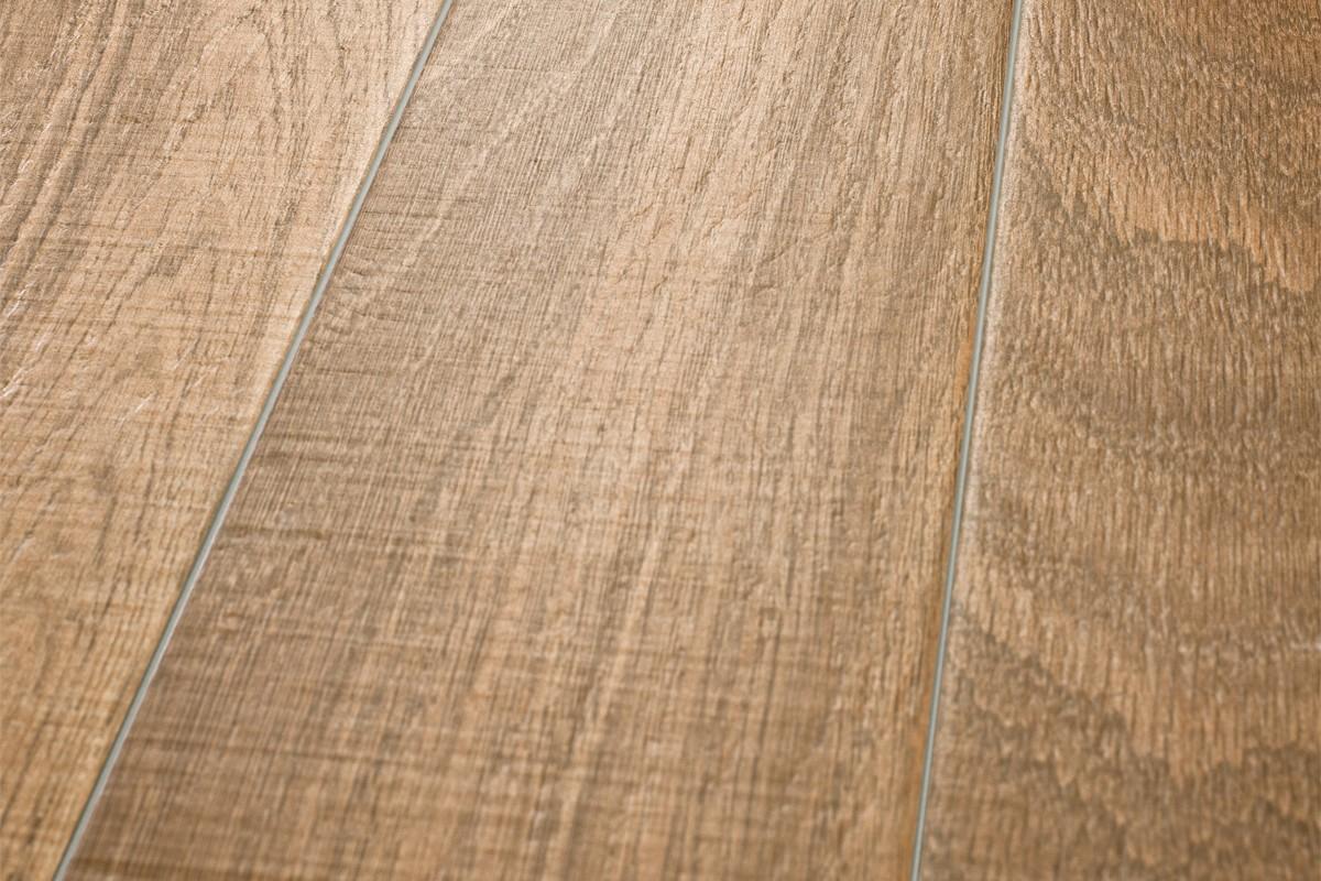 Gres porcellanato effetto legno castagno am