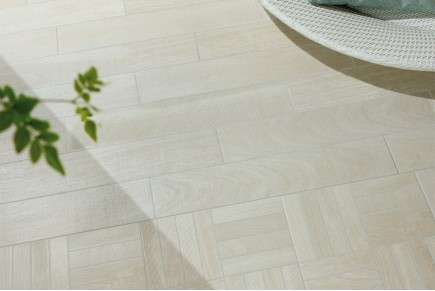 Wood effect porcelain stoneware - azahar