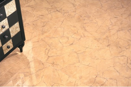 Grès cérame effet marbre or