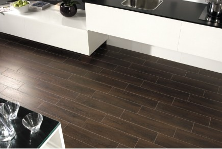 Wood effect porcelain stoneware - Wengé