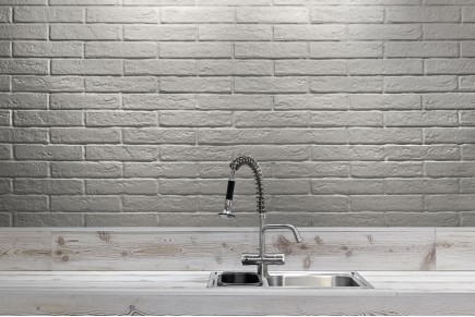 Rustical effect tiles - White