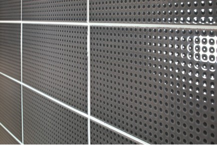 Bright dotted tiles - charcoal