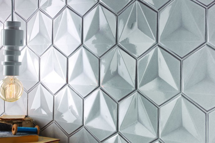Sparkling hexagonal tiles - pearl