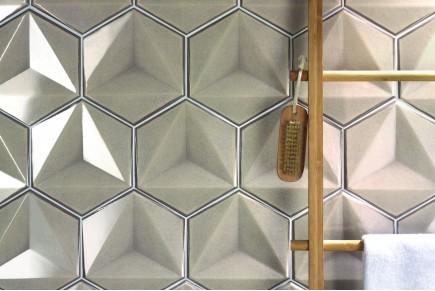 Sparkling hexagonal tiles - ecru