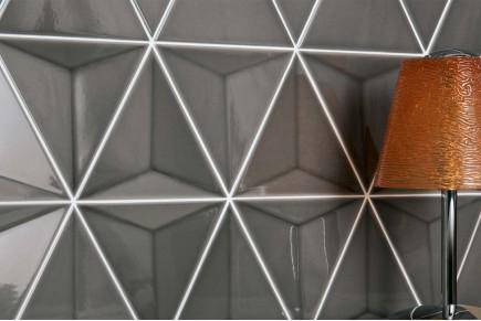 Dreieckige Fliesen - Polierte Dunkelgrau 3d