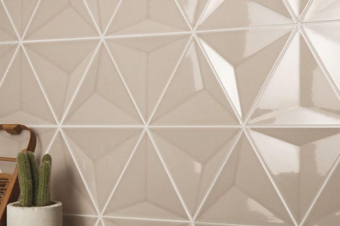 Triangular tiles - caramel glossy 3d