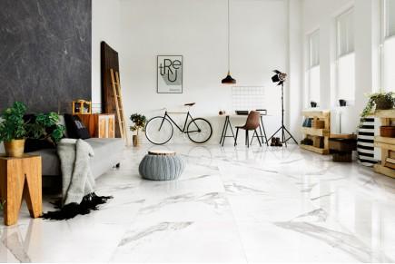 Glänzender weißer marmor