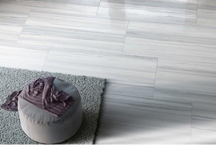 White ipnotic marble